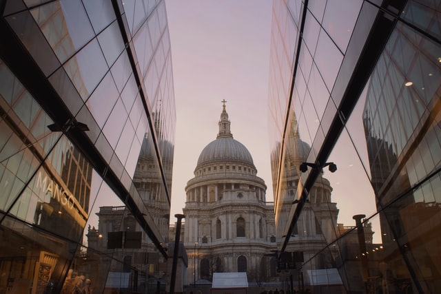 Reflection of St Paul's Cathedral in One New Change, best views in London